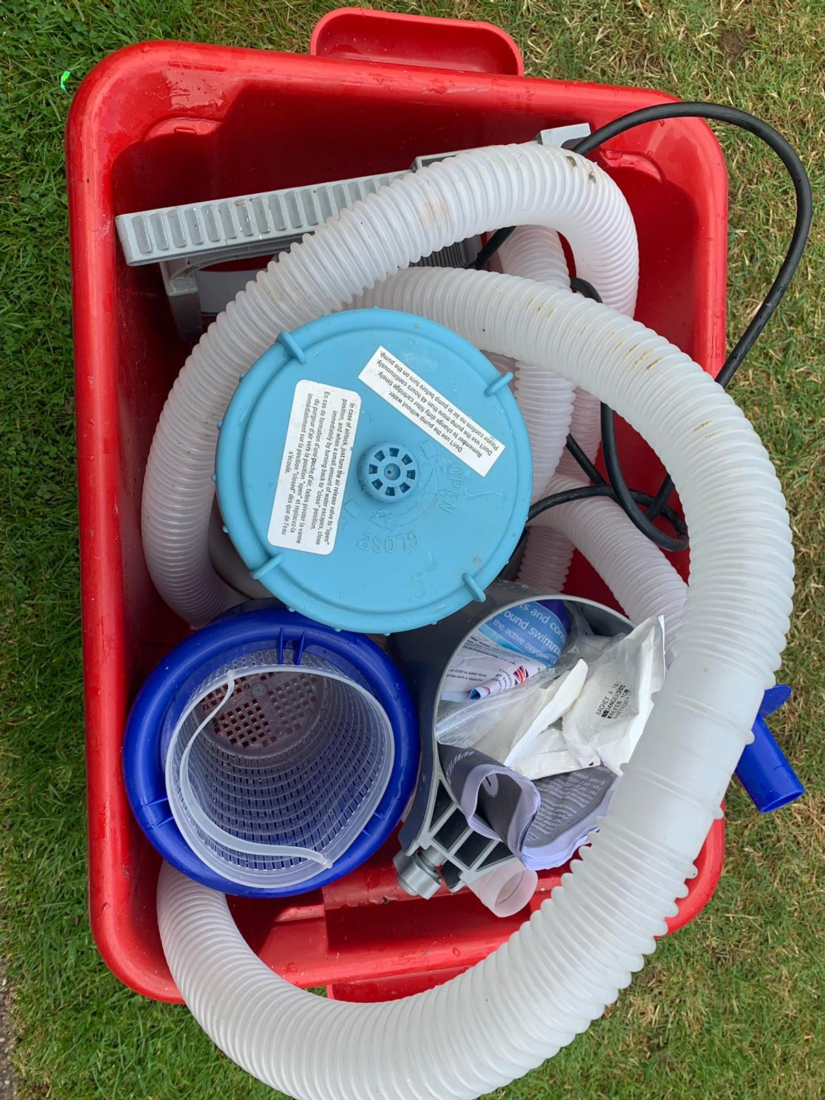 Working pump, surface skimmer, pipes & all fixings plus some pool cleaning sachets.