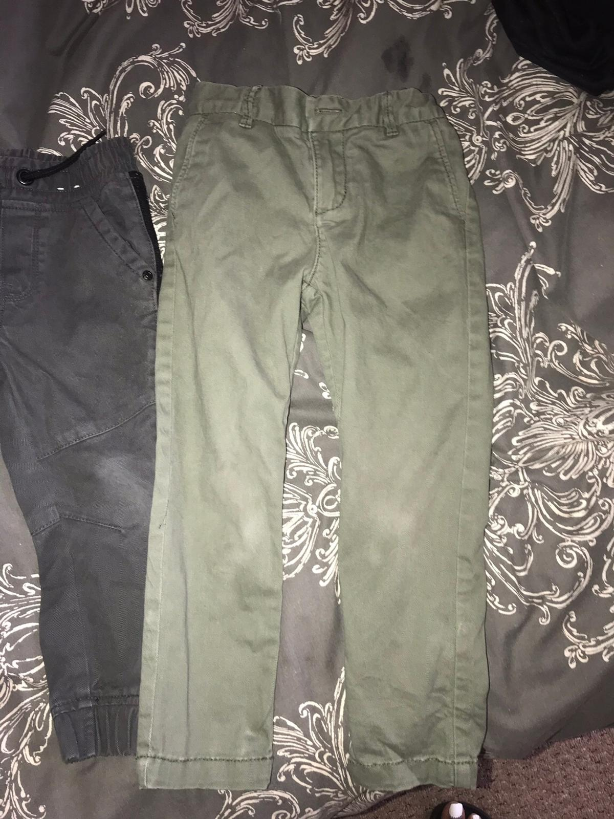 Good condition aged 3yrs jeans are new