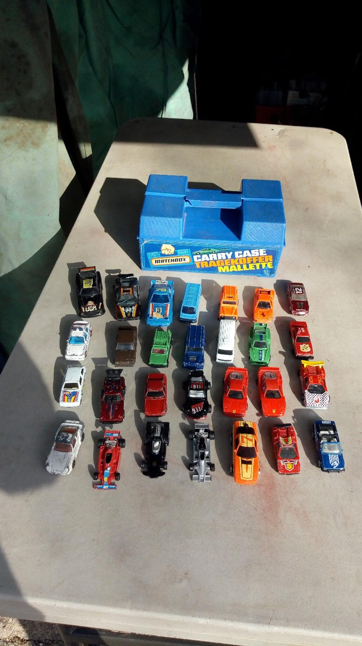 28 assorted mixed metal small cars plastic box bargain pick up only