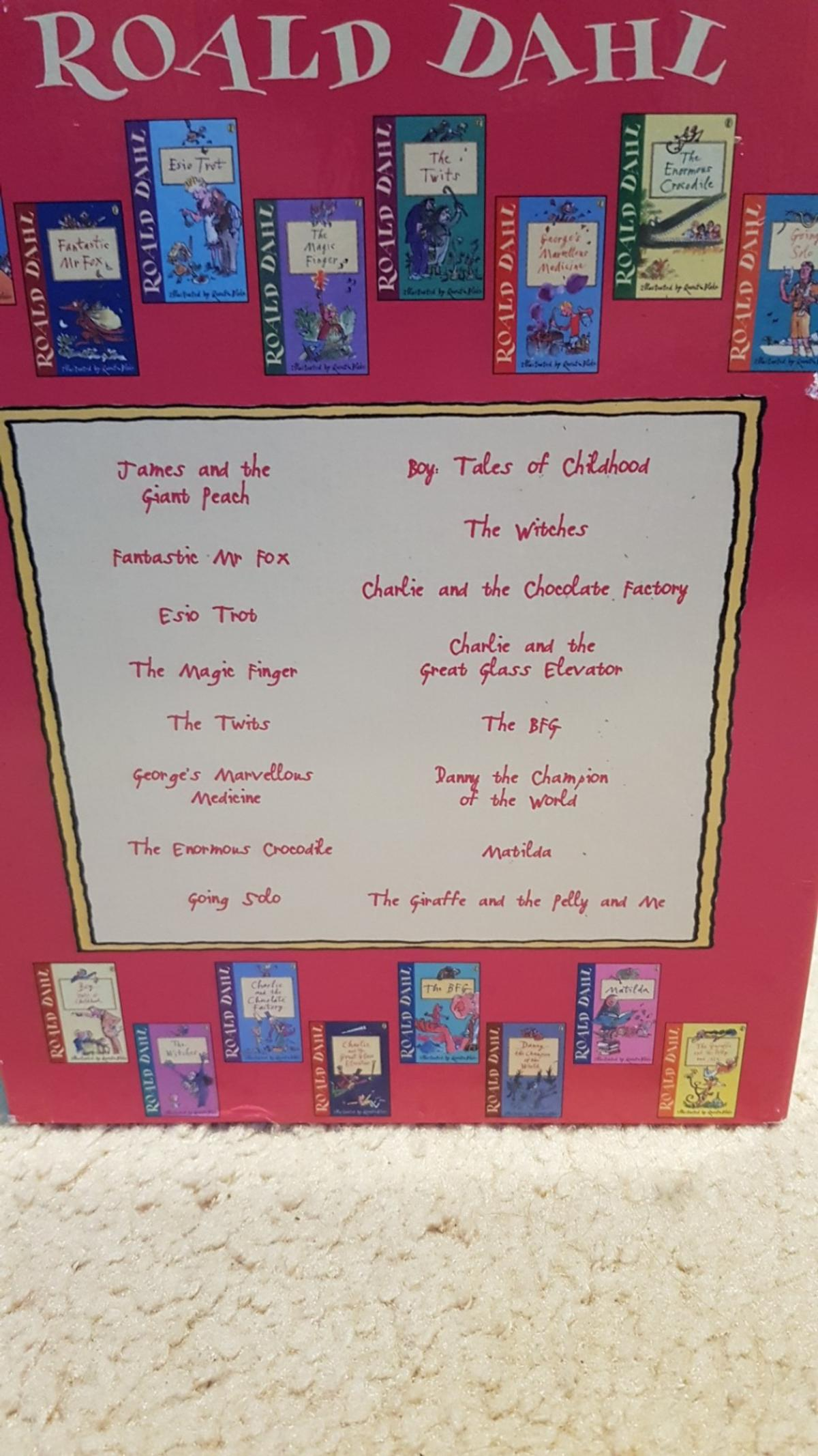 16 books from Roald Dahl good condition in box set