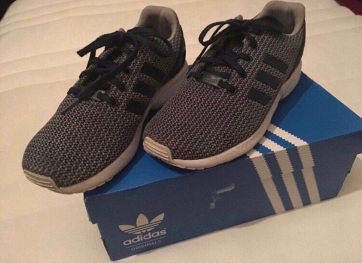 watch dab52 8b0e0 Adidas zx flux trainers junior