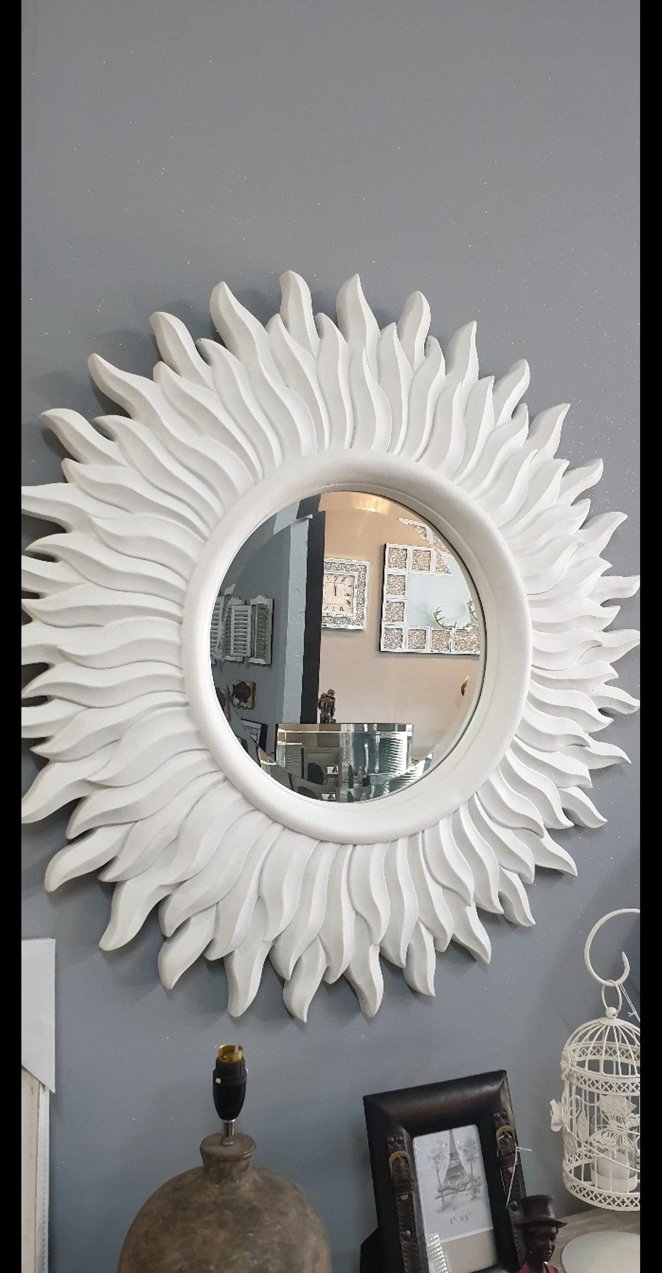 Large White Sunburst Round Wall Mirror In L30 Sefton For 45 00 For Sale Shpock