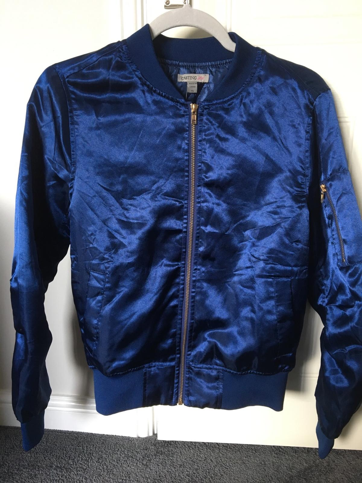 Forever21 Woman's shiny blue jacket. Size Small. Brand New! Tags still attached. £25