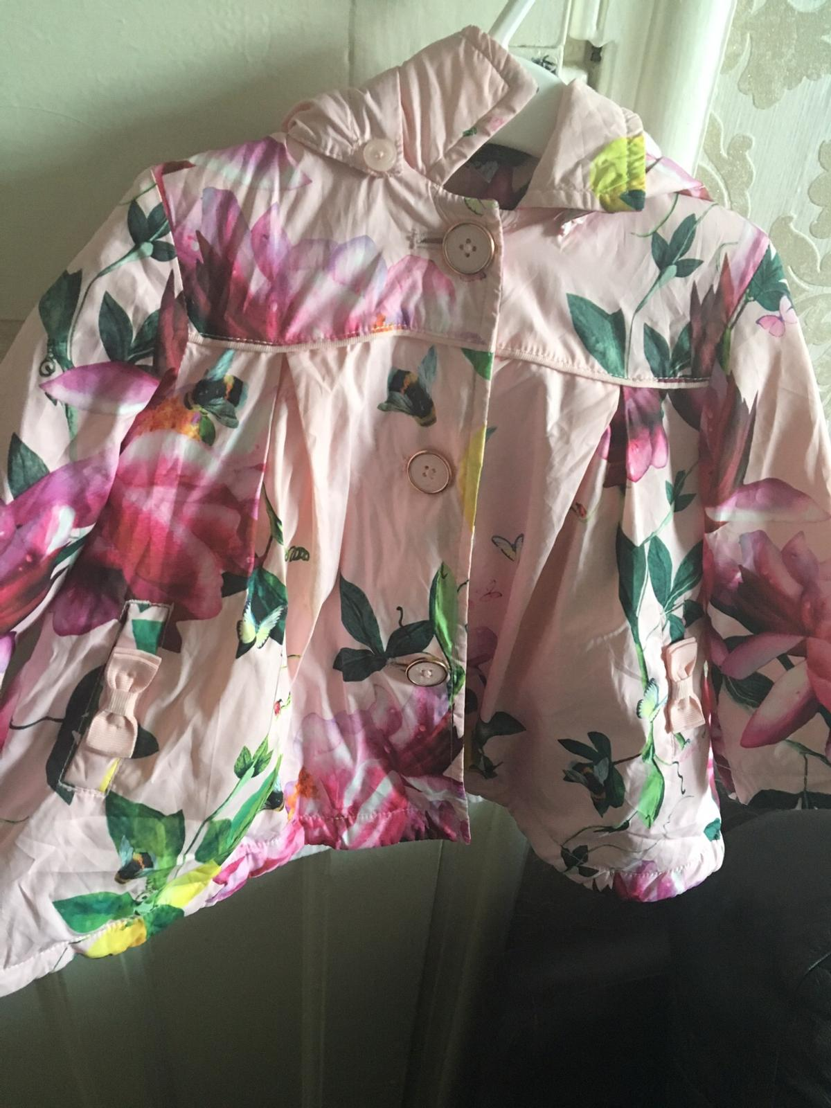 Daughter wore it a few times over winter great condition collection North Shields or can post for postal costs