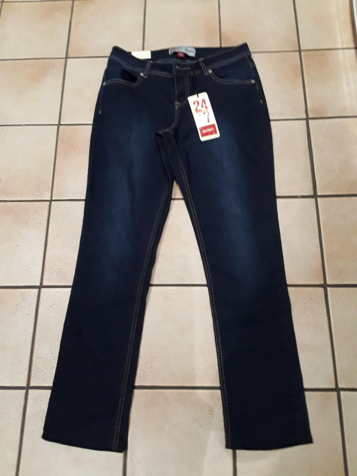 24/7 skinny authentic denim size 10r straight leg BARGAIN collection only