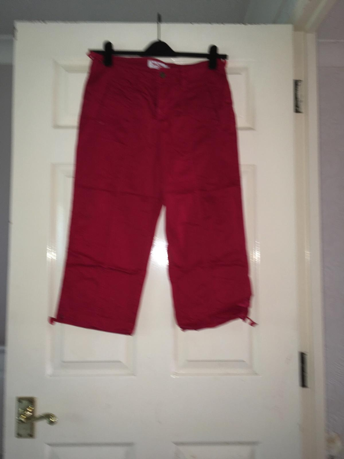 the latest cost charm wide range Red ladies 3 quarter length trousers size 12 in CR0 Croydon for ...