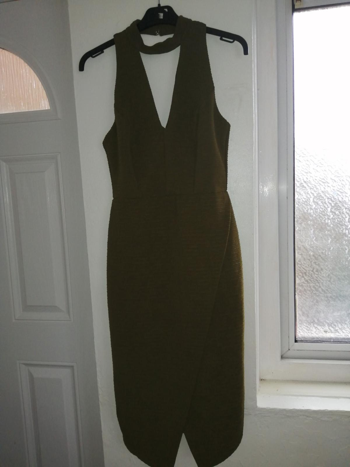 Worn once excellent condition, from pet and smoke free home, can post for extra