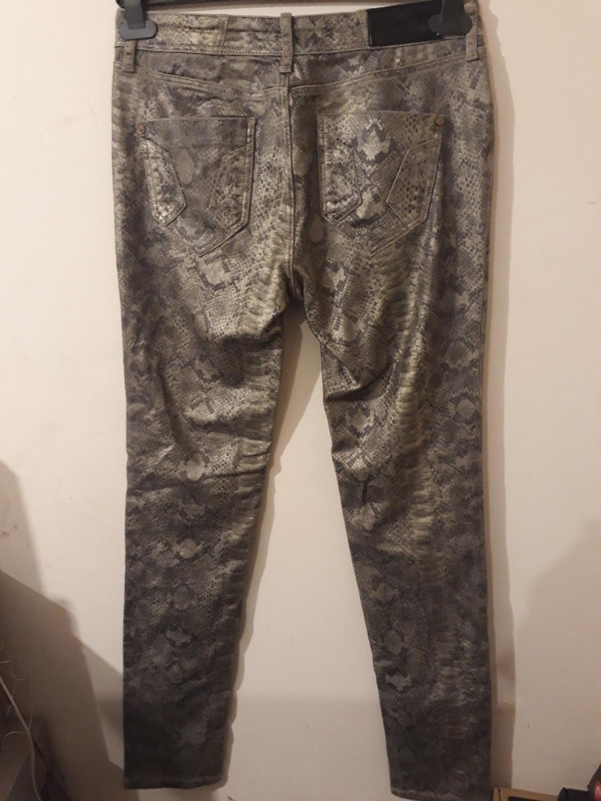 River Island Brand new with tags skinny leg UK:10 EUR:36