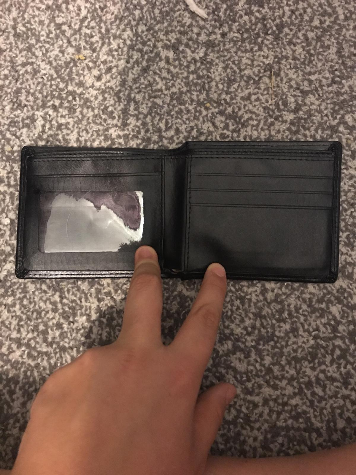 Leather wallet can't post pick up only