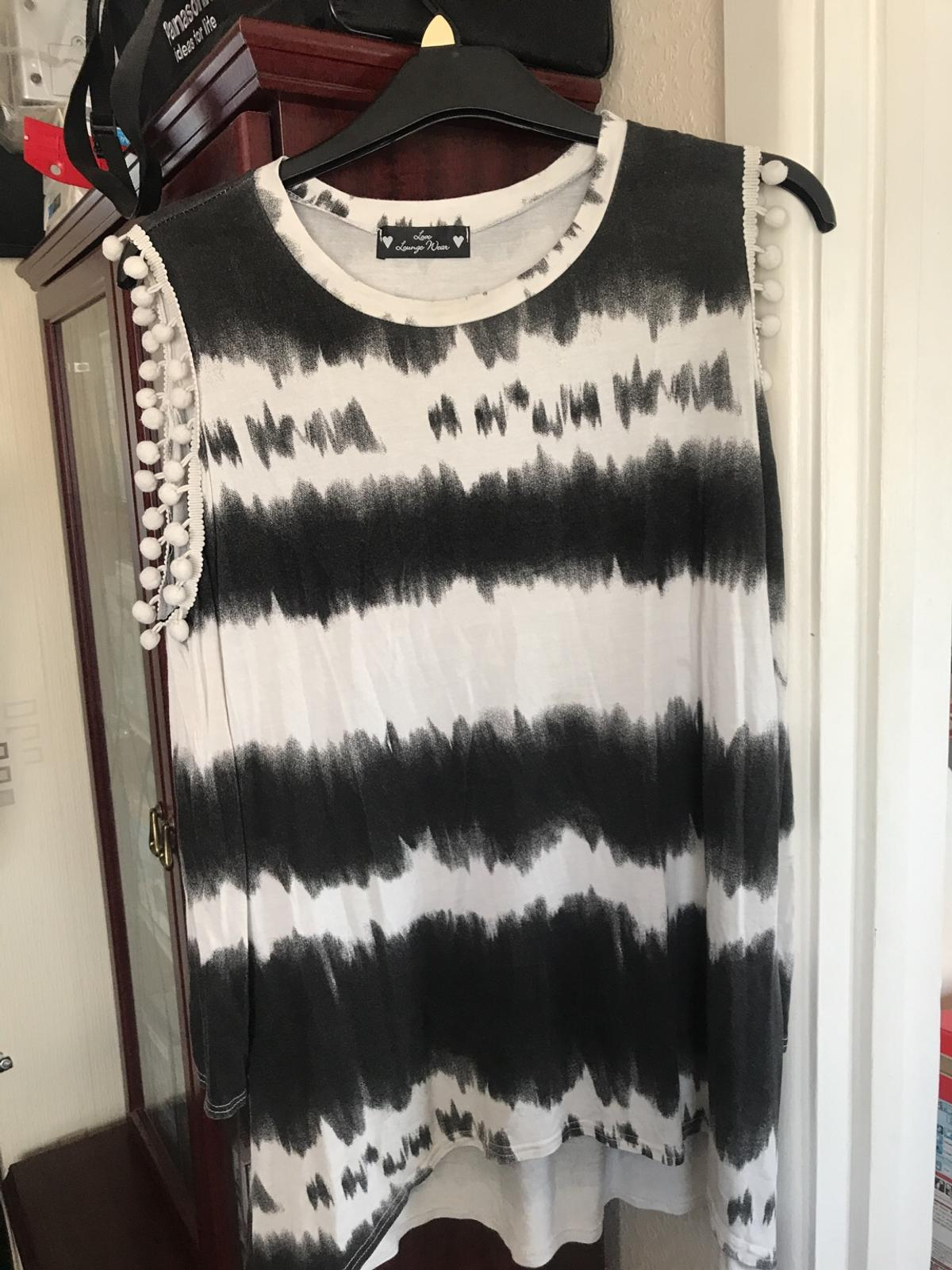 Black and white 2 piece track suit M
