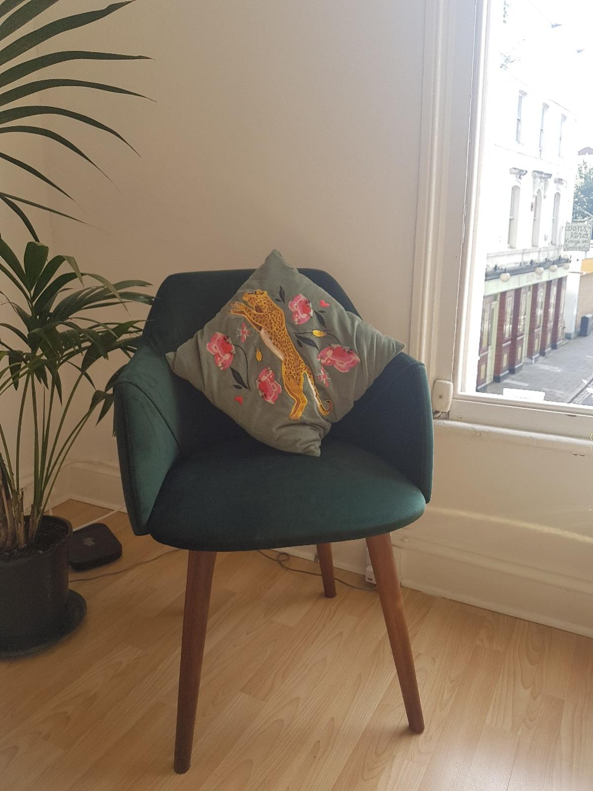 Pleasant Accent Chair In N1 Islington For 90 00 For Sale Shpock Ncnpc Chair Design For Home Ncnpcorg