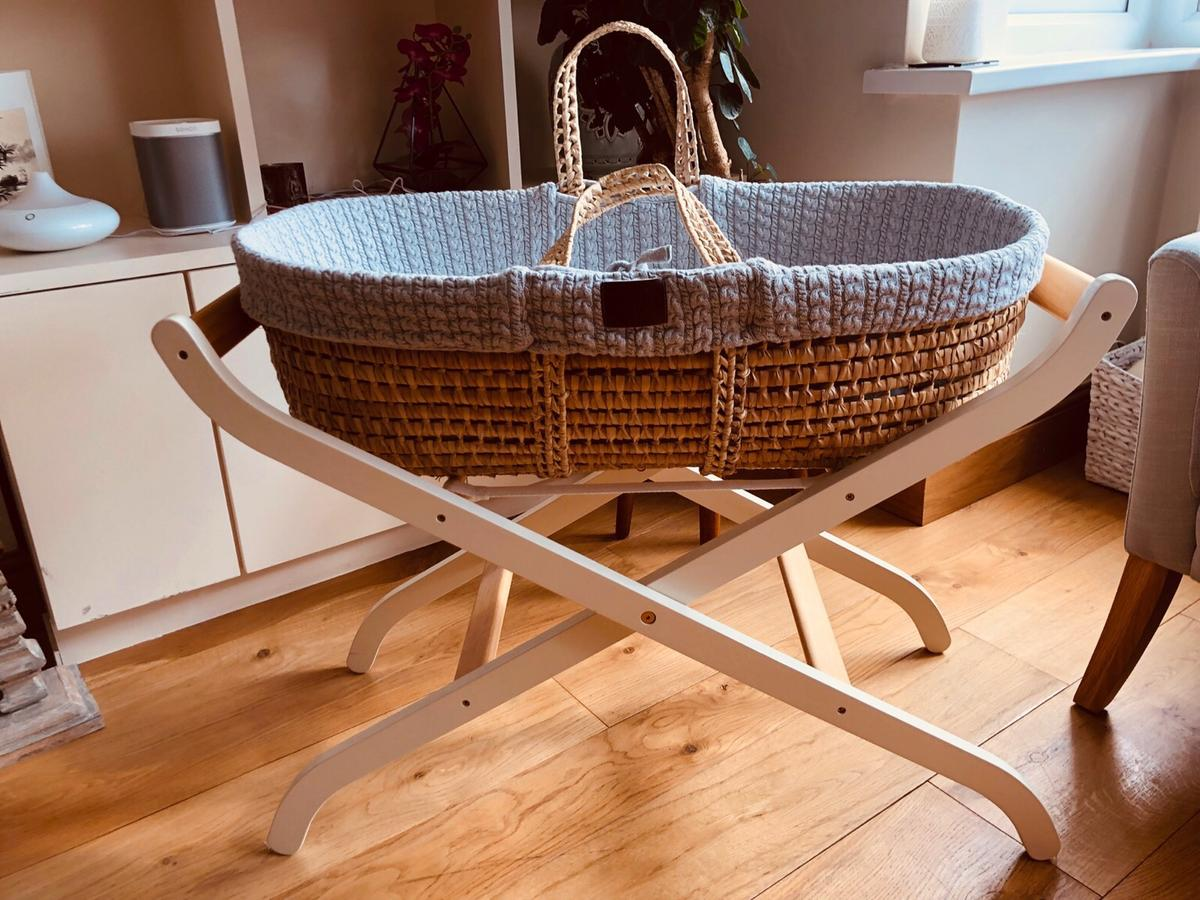 on sale d7e6a 47ac4 Moses Basket, mattress and stand