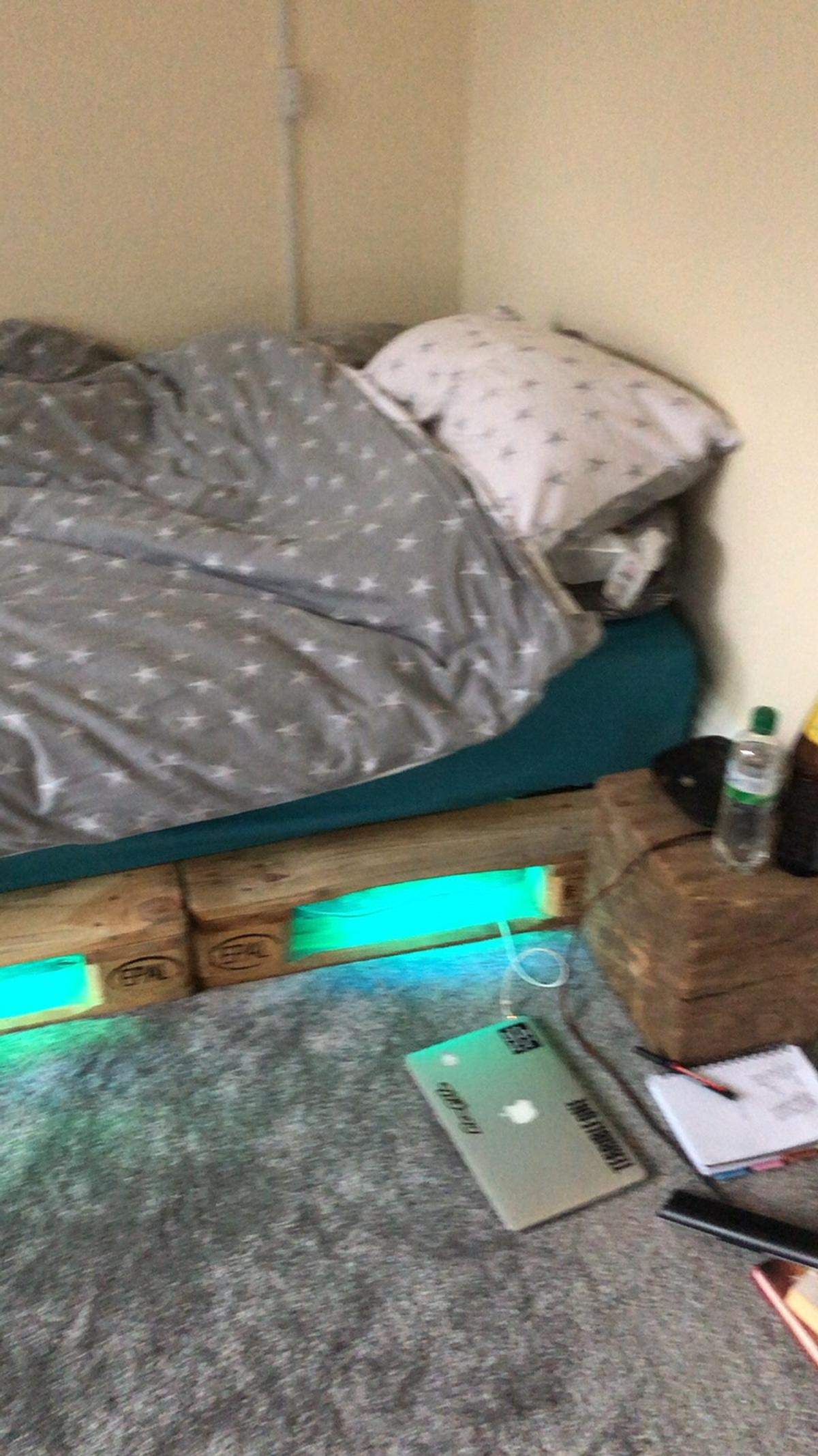 Pallet Bed In M34 Stockport For 199 00 For Sale Shpock