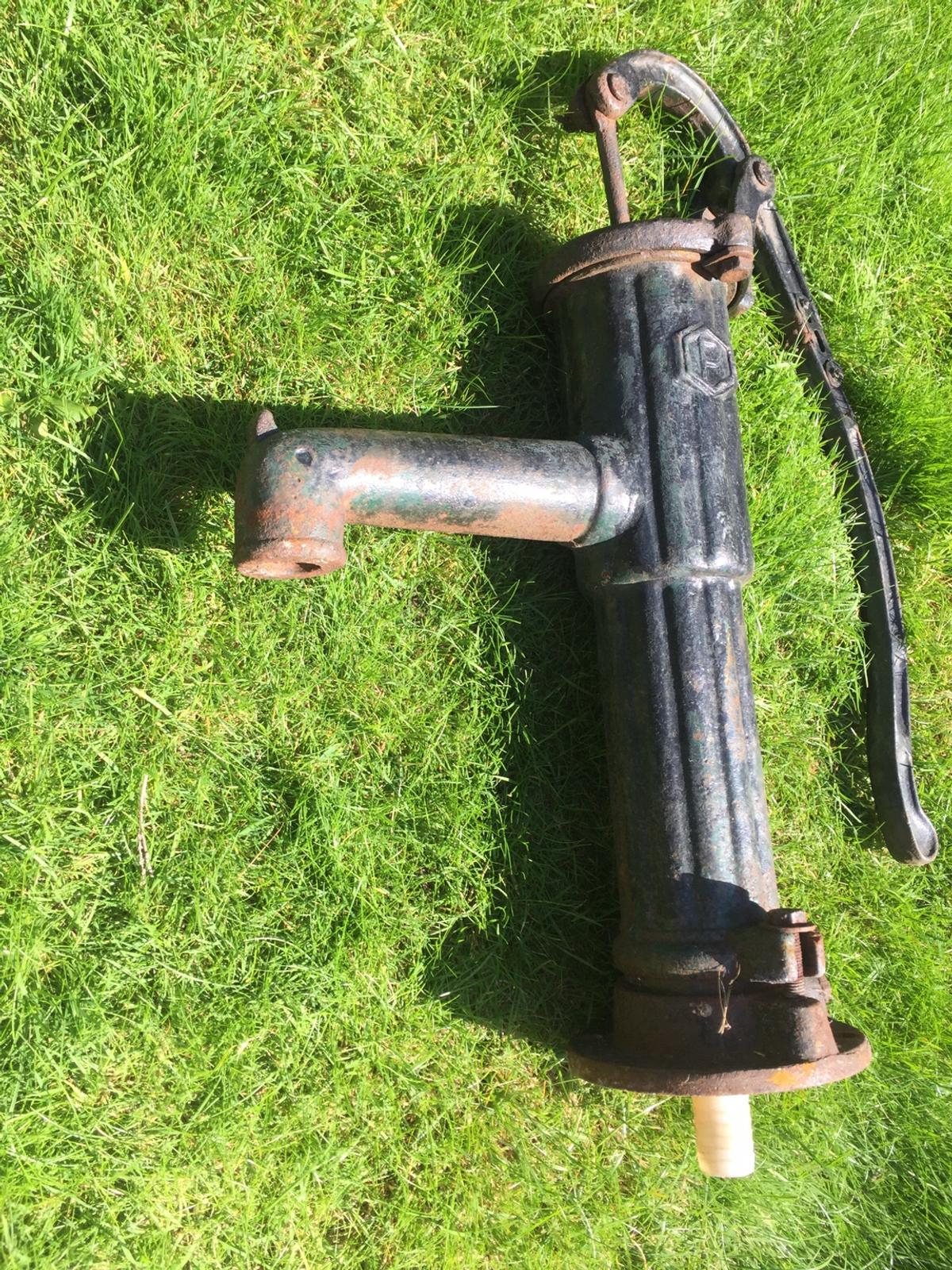 Cast Iron Hand Water Pump In Doncaster