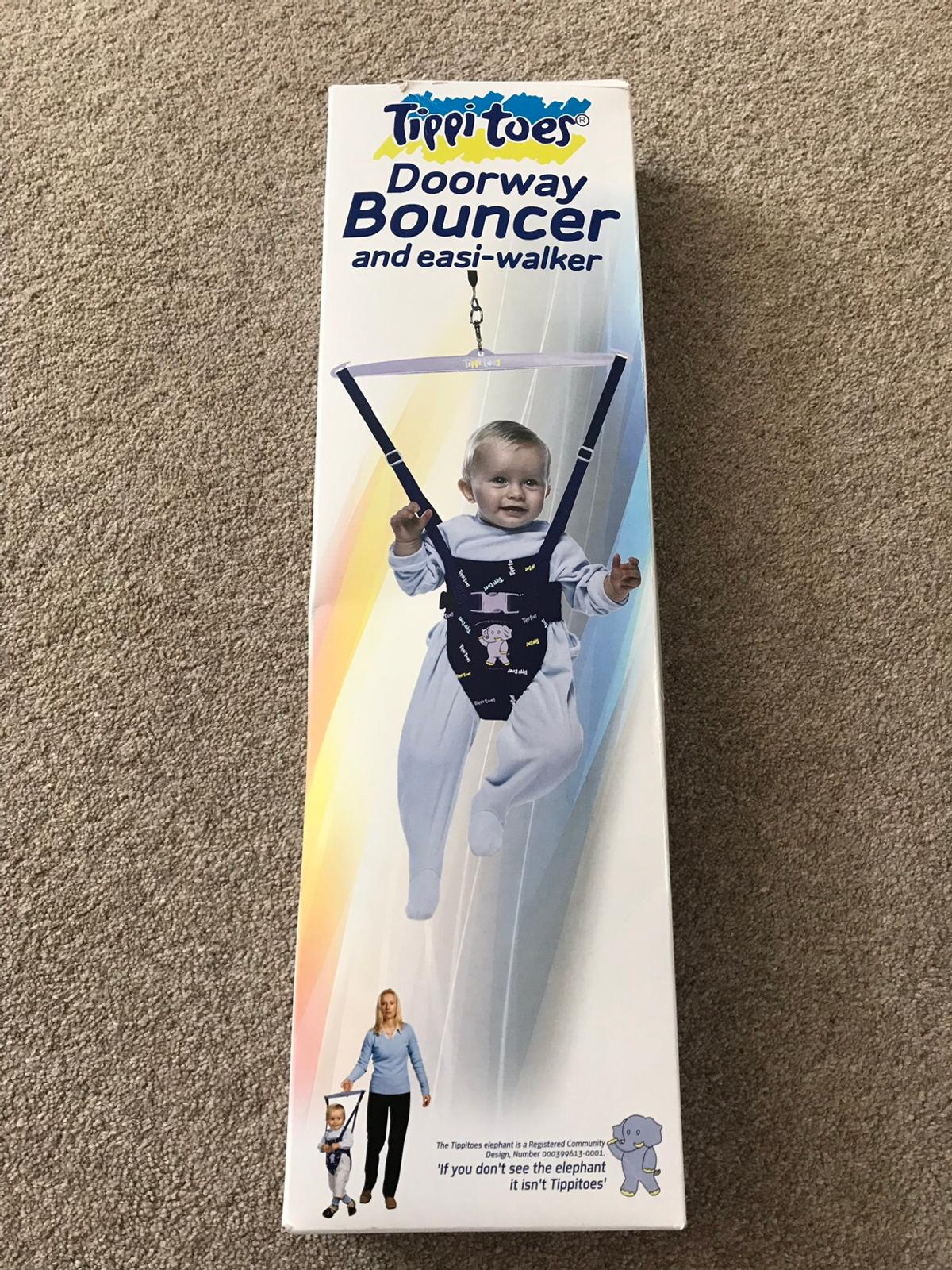 Tippi toes baby doorway bouncer boxed in cr2 london for £5. 00 for.