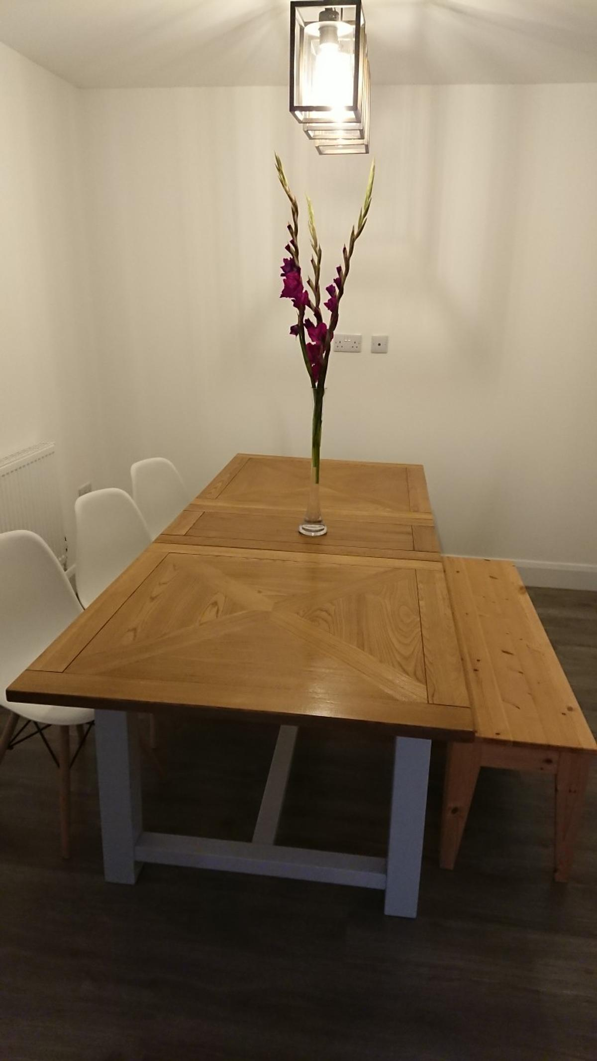 Dining / Kitchen Table, Bench and Chairs in TN9 Wells für 9,9 ...