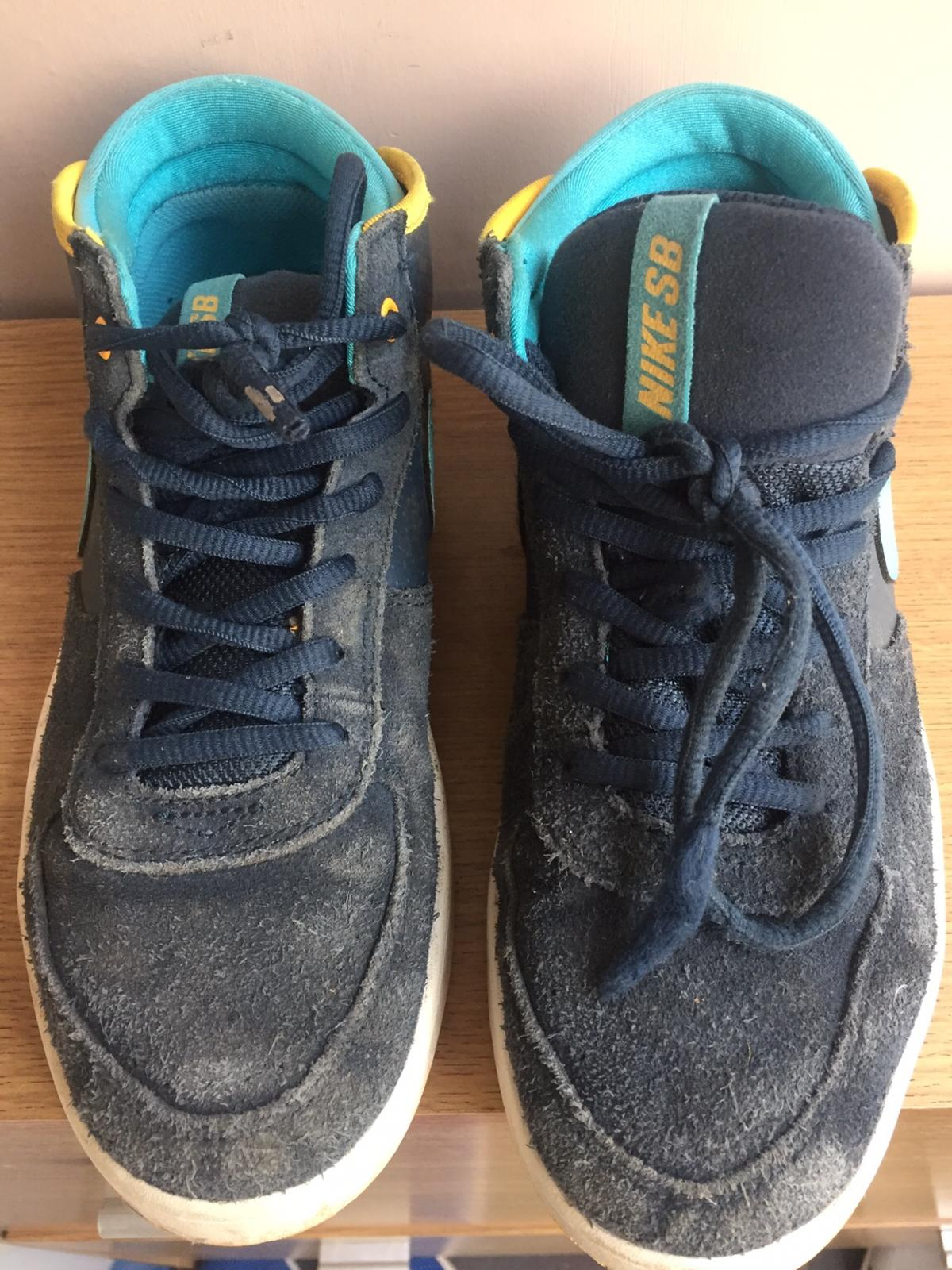 nike teenage trainers