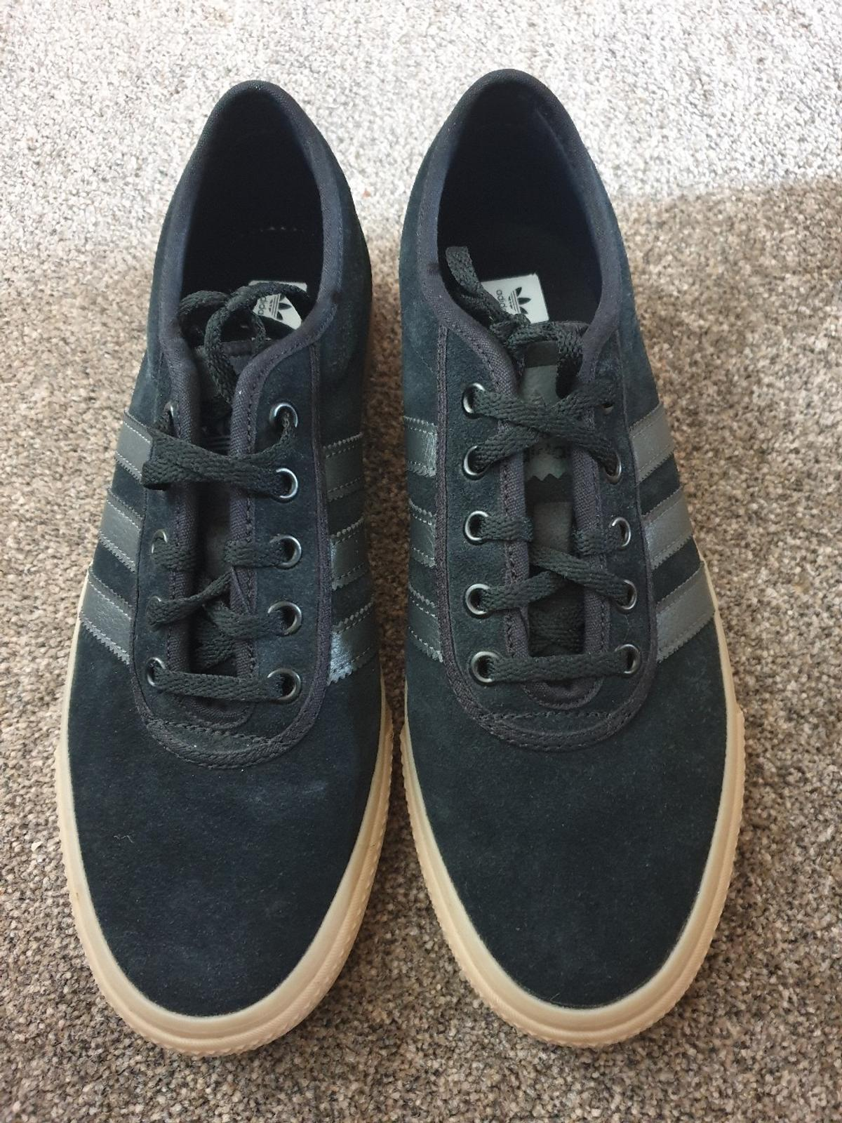 Adidas Gazelle trainers size 8.5 in CH42 Wirral for £40.00