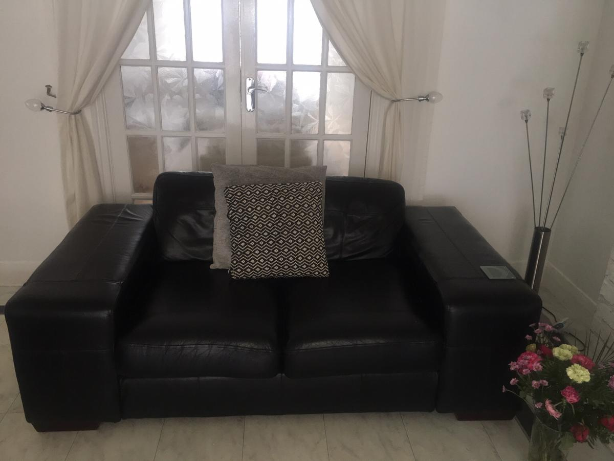 X3 Dfs Black Real Leather Sofas In Fy2