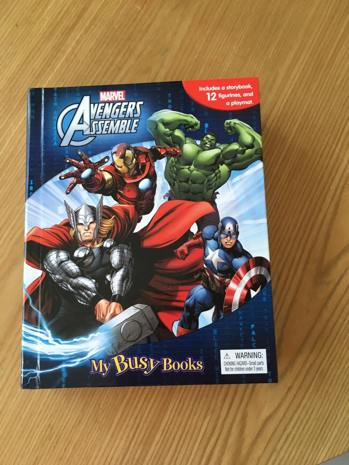 Avengers busy book with figures