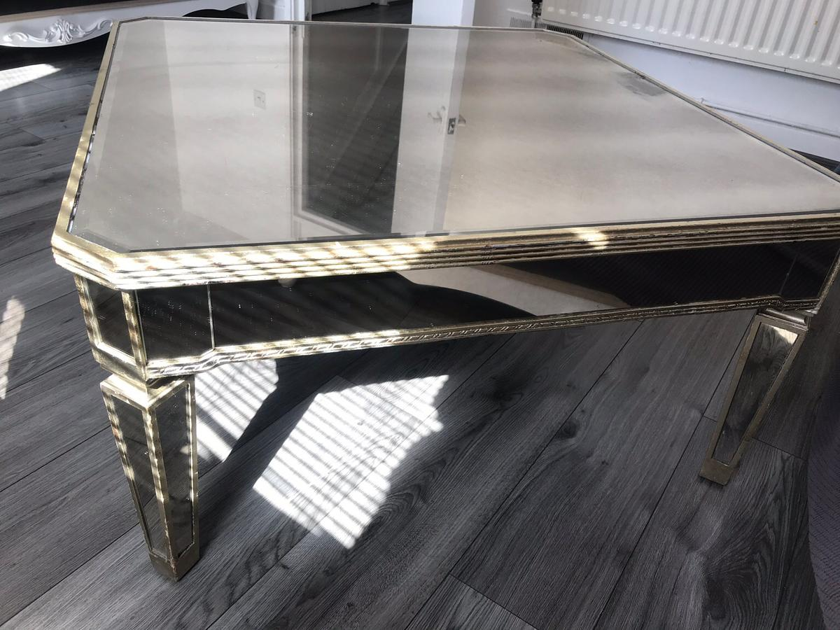 Gorgeous Mirror Coffee Table 100 In E16 Newham For 10000