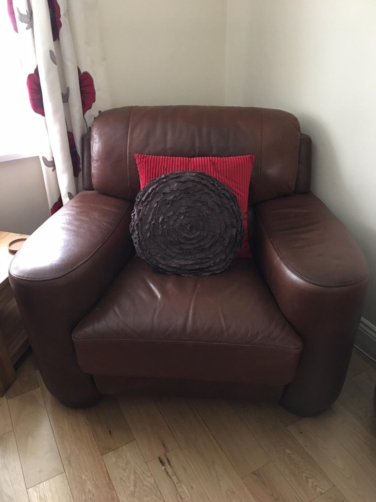 3 Piece Suite Plus Puffet Sofa And 2 Chairs In Ts8 Middlesbrough