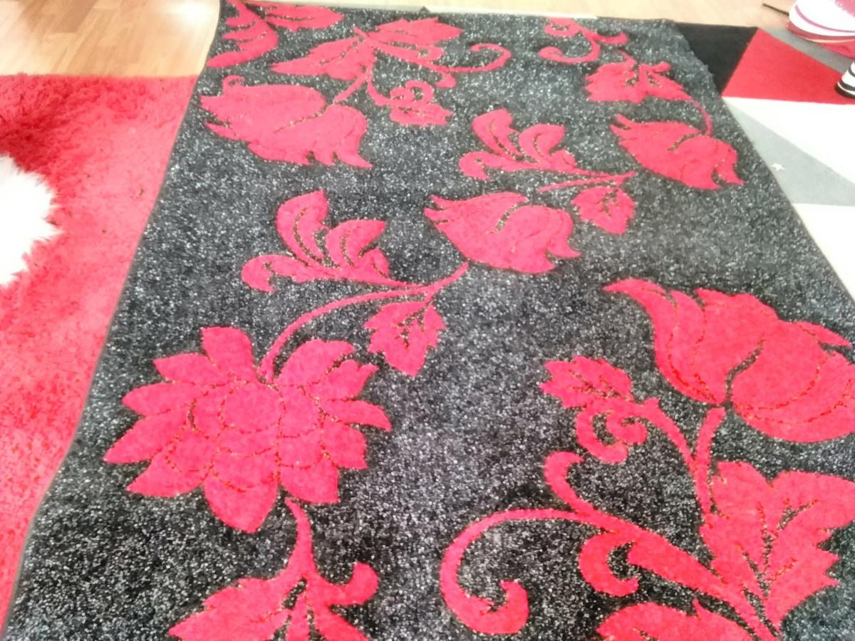 Large Rug In G21 Balgrayhill For 15 00