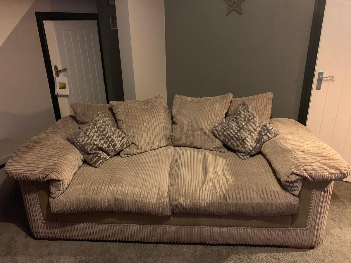 Super Sofa And Chair In St7 Lyme For 100 00 For Sale Shpock Dailytribune Chair Design For Home Dailytribuneorg