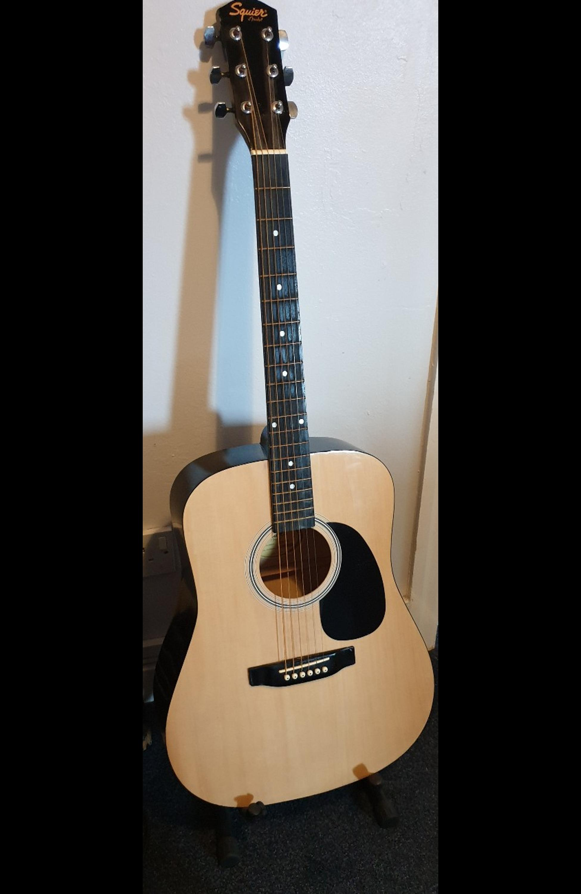 Squier By Fender Acoustic Sa 105 In Pentre Halkyn For 40 00 For Sale Shpock