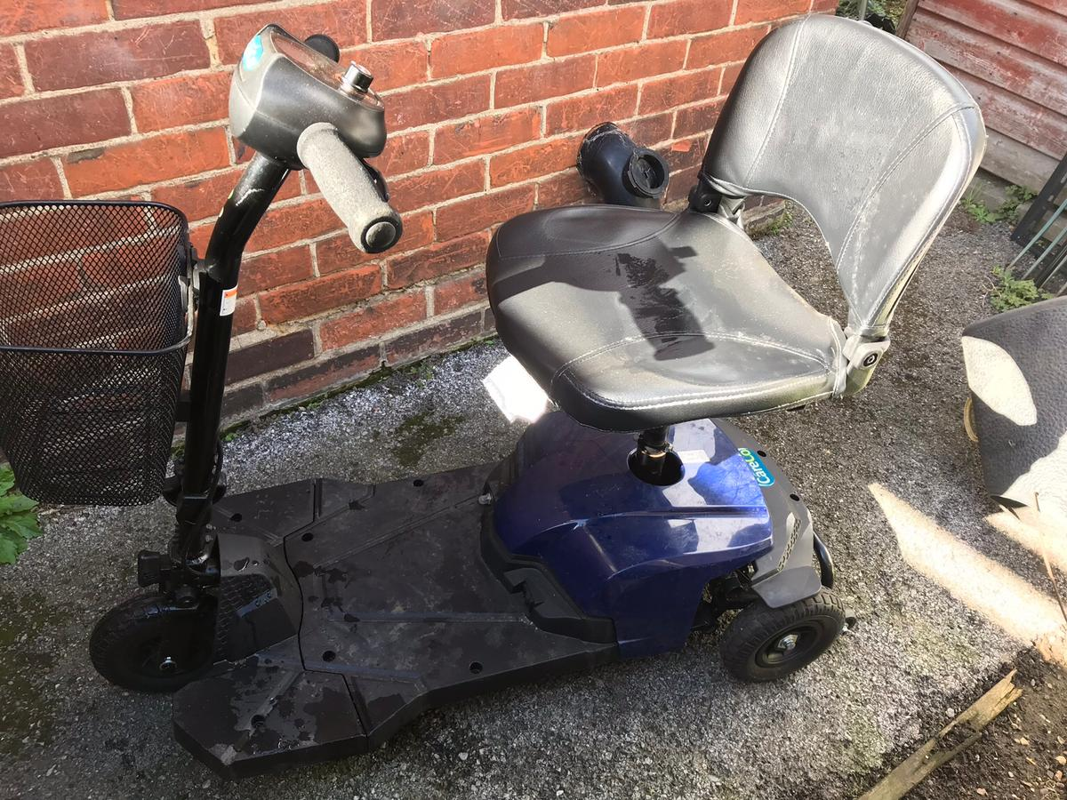 3 wheel mobility scooter Complete with battery pack and charger