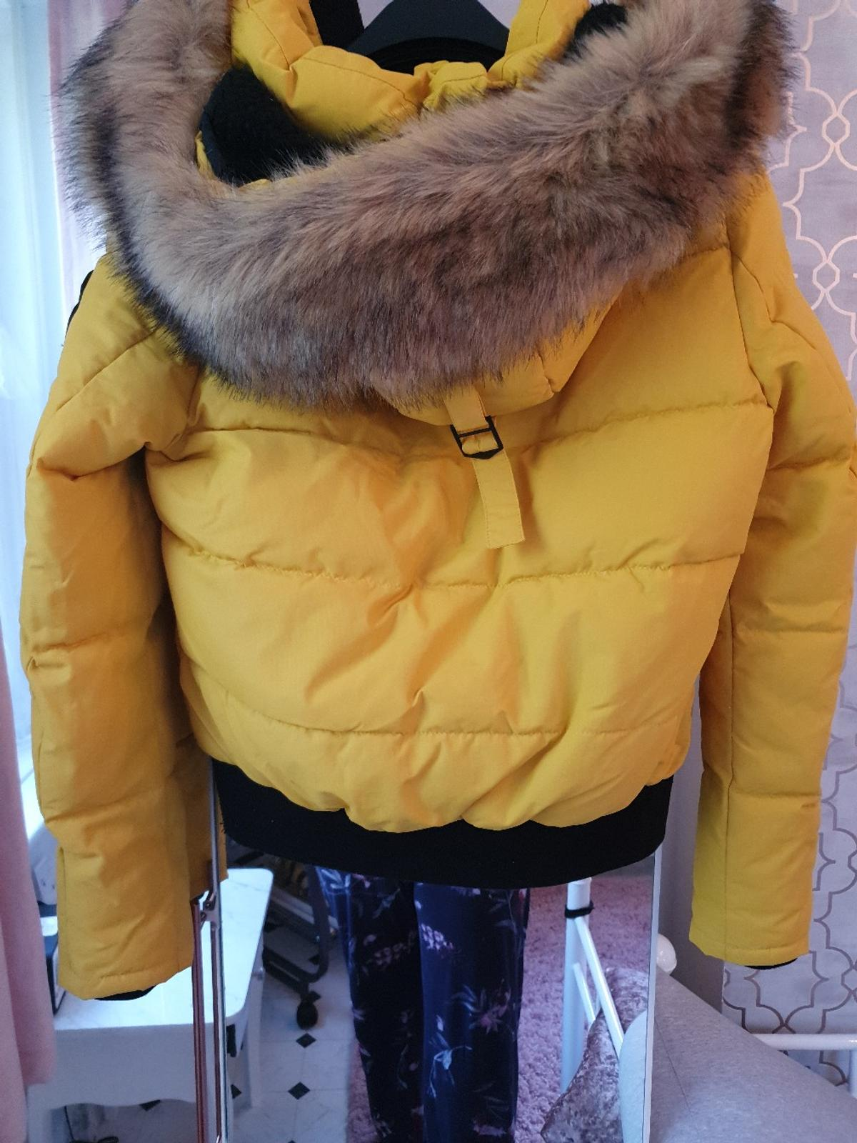 Superdry Ella Everest Yellow Bomber Jacket M in W3 Ealing
