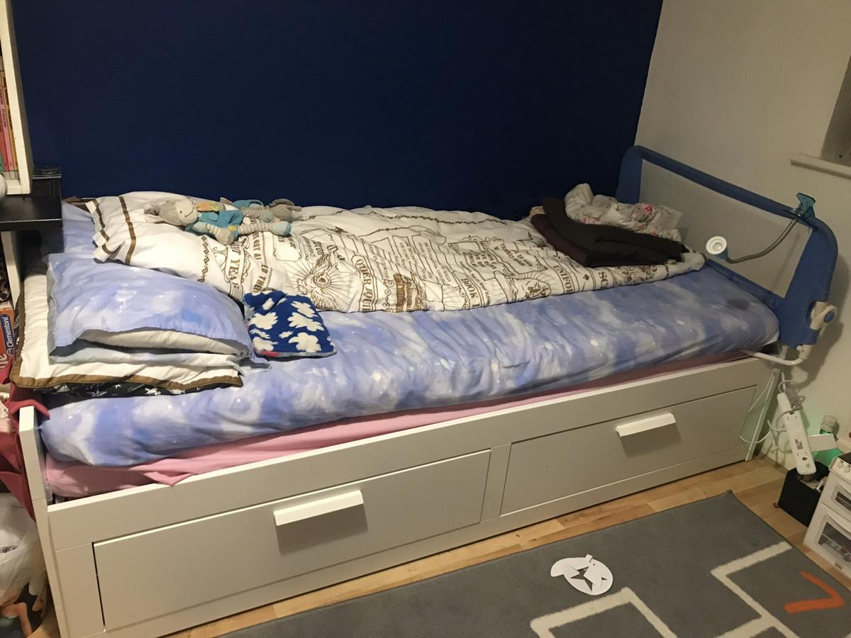 Ikea Day Bed In Br1 London For 180 00 For Sale Shpock