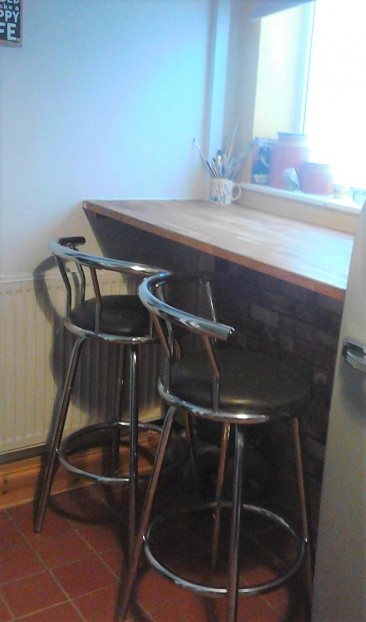 Excellent Breakfast Bar And Two Swivel Stools Ibusinesslaw Wood Chair Design Ideas Ibusinesslaworg