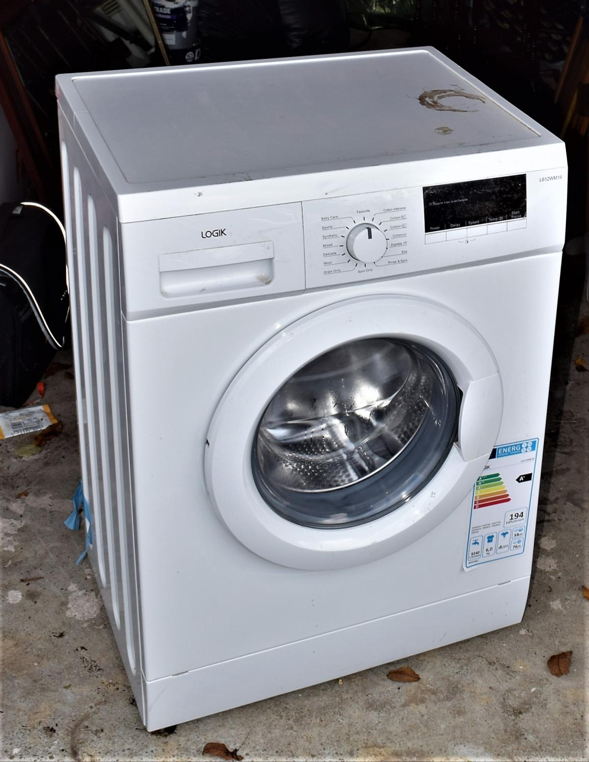 Logik A Washing Machine 1 Year Old In Tw8 London For 163 89