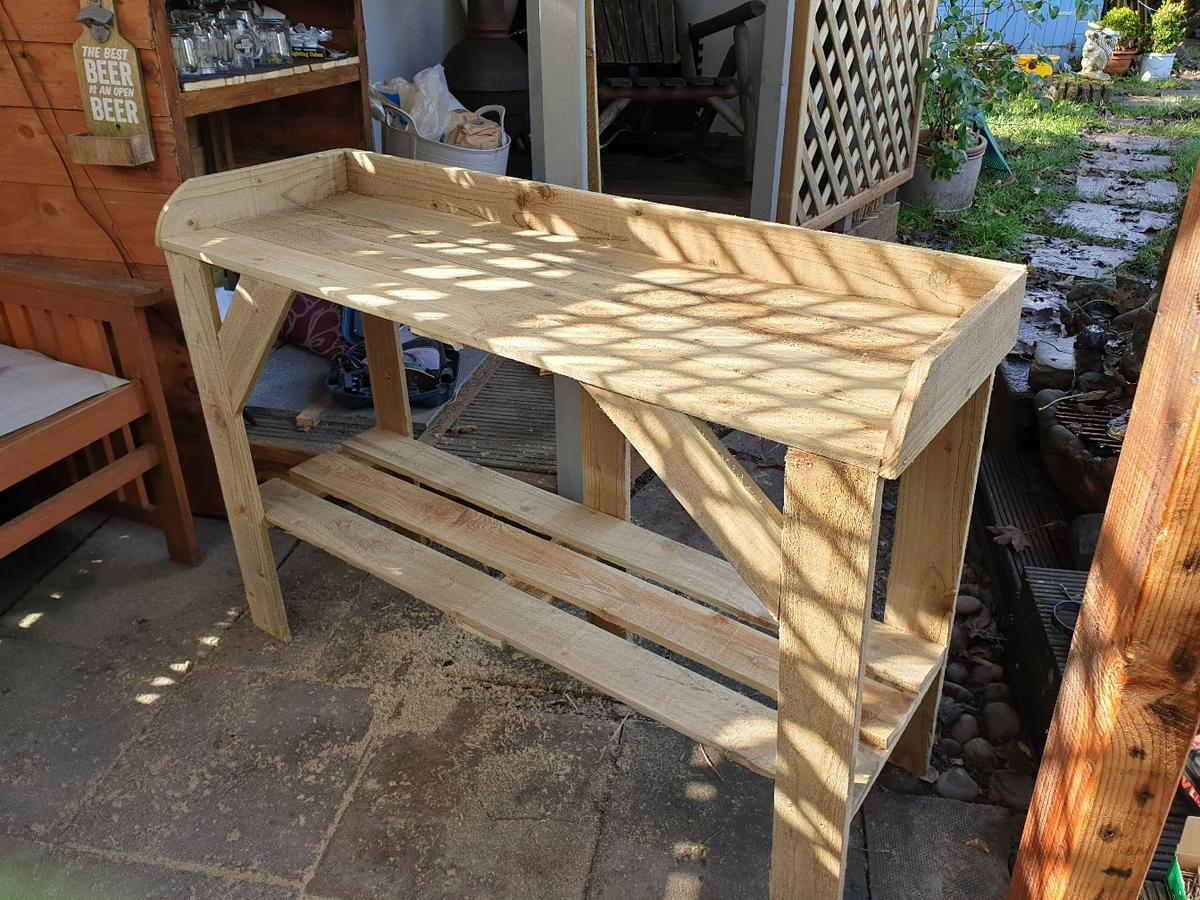 Wondrous Greenhouse Potting Bench Andrewgaddart Wooden Chair Designs For Living Room Andrewgaddartcom