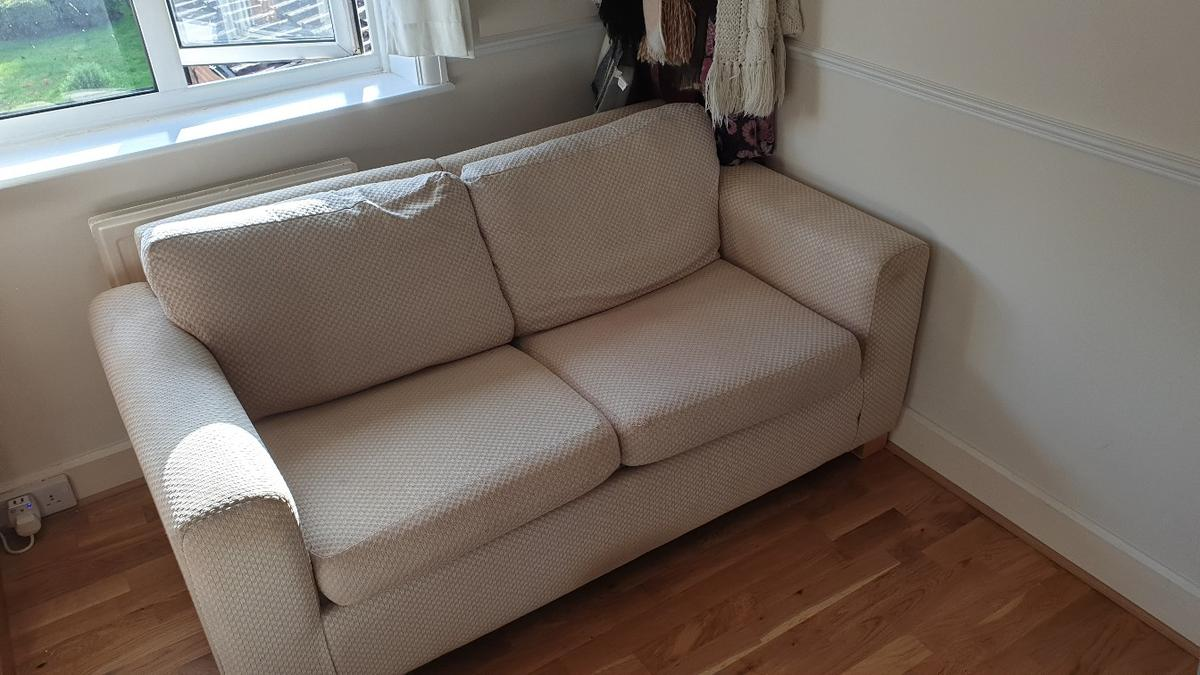 Pleasant 2 Seater Sofa Bed In Rg14 Enborne Row For 40 00 For Sale Machost Co Dining Chair Design Ideas Machostcouk