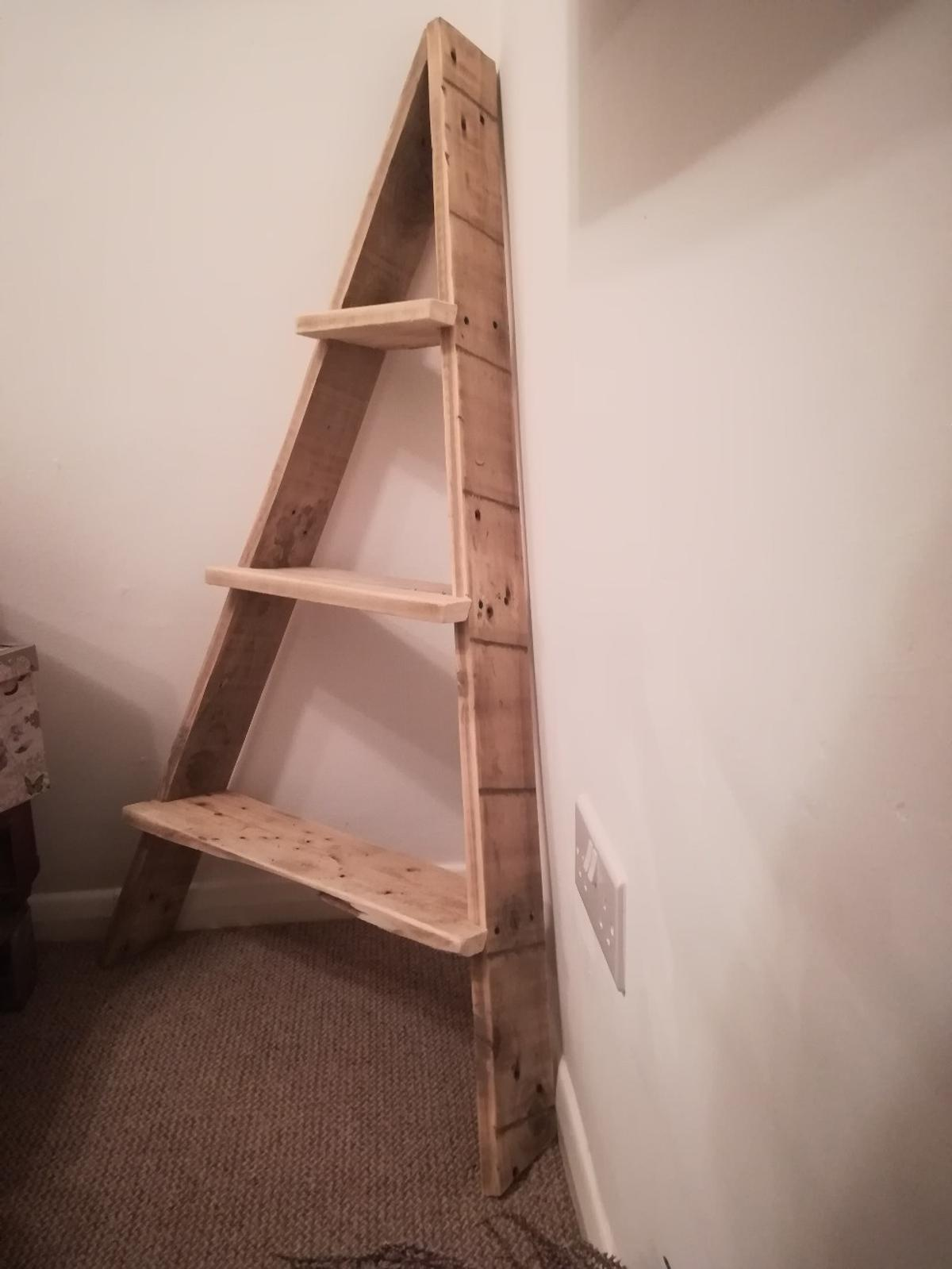 3 Tier Rustic Corner Ladder In Tq12 Watcombe For 30 00 For Sale Shpock