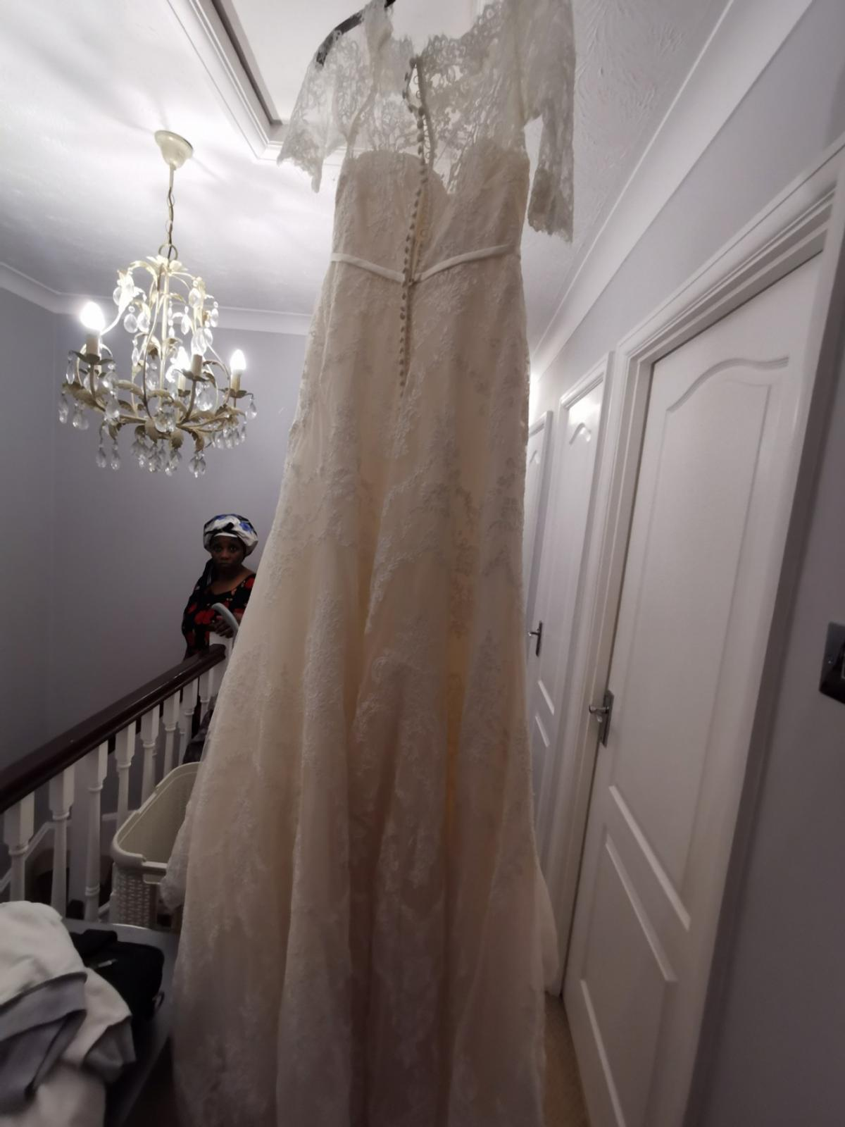 20 wedding dresses second hand size 20 in ME20 Maidstone for ...