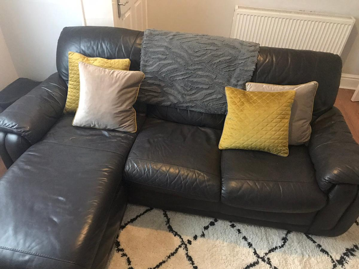 Picture of: Black Leather Sofa In Salford For 50 00 For Sale Shpock
