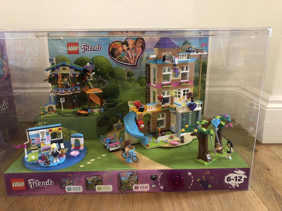 X3 Lego Friends Sets In Display Case In Gu52 Hart For 30 00 For Sale Shpock