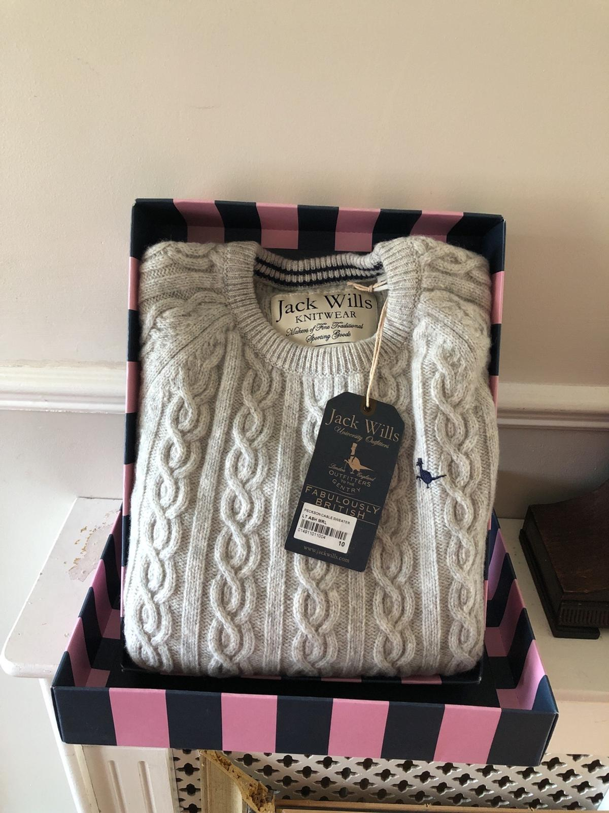 Original cable knit ladies jumper by jack Wills 100 0/0 lambs wool brand new still with tags and box size 10 collection Elm Park
