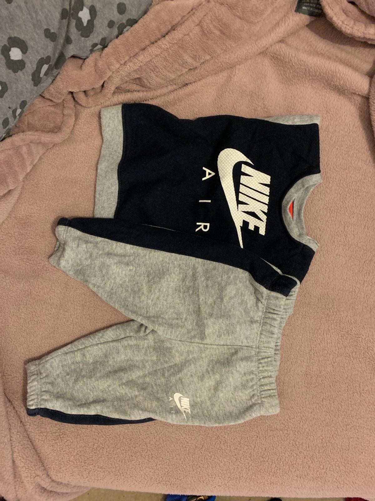 3-6 months Nike tracksuit Very good condition