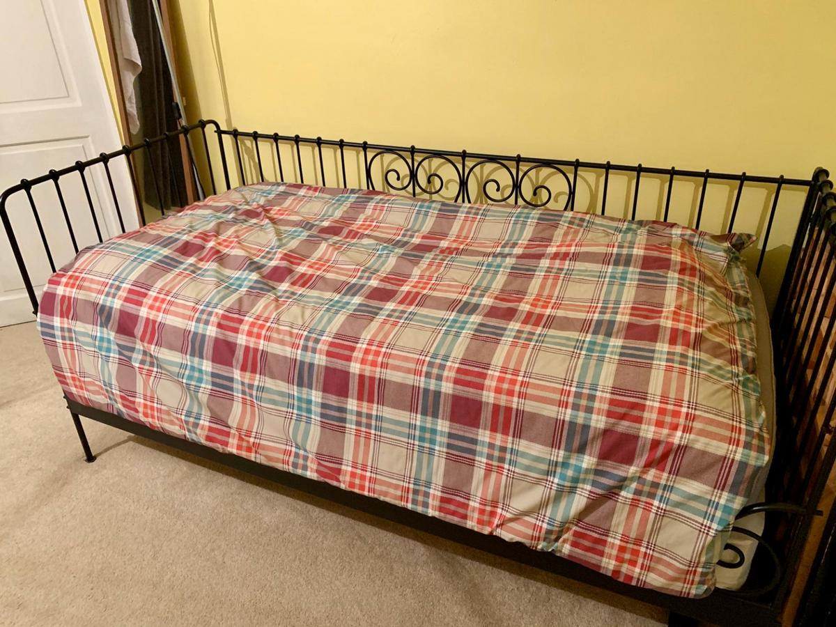 **REDUCED** Excellent condition. Just like brand new. Comes with orthopaedic mattress.
