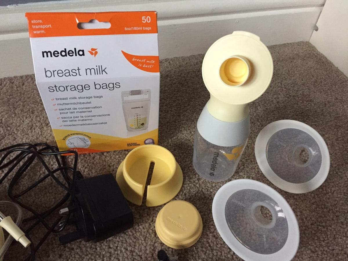 Like new. Only used a couple of weeks as had to stop breastfeeding. Comes with bottle, lid, stand, 2 nipple sizes, storage bag and 37 milk storage bags Instructions booklet Collection Howden