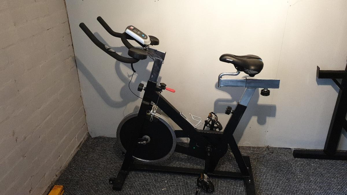 spin bike. includes hear rate monitor. chainguard has been removed (still have it) extra saddle available includes heartvrate monitor