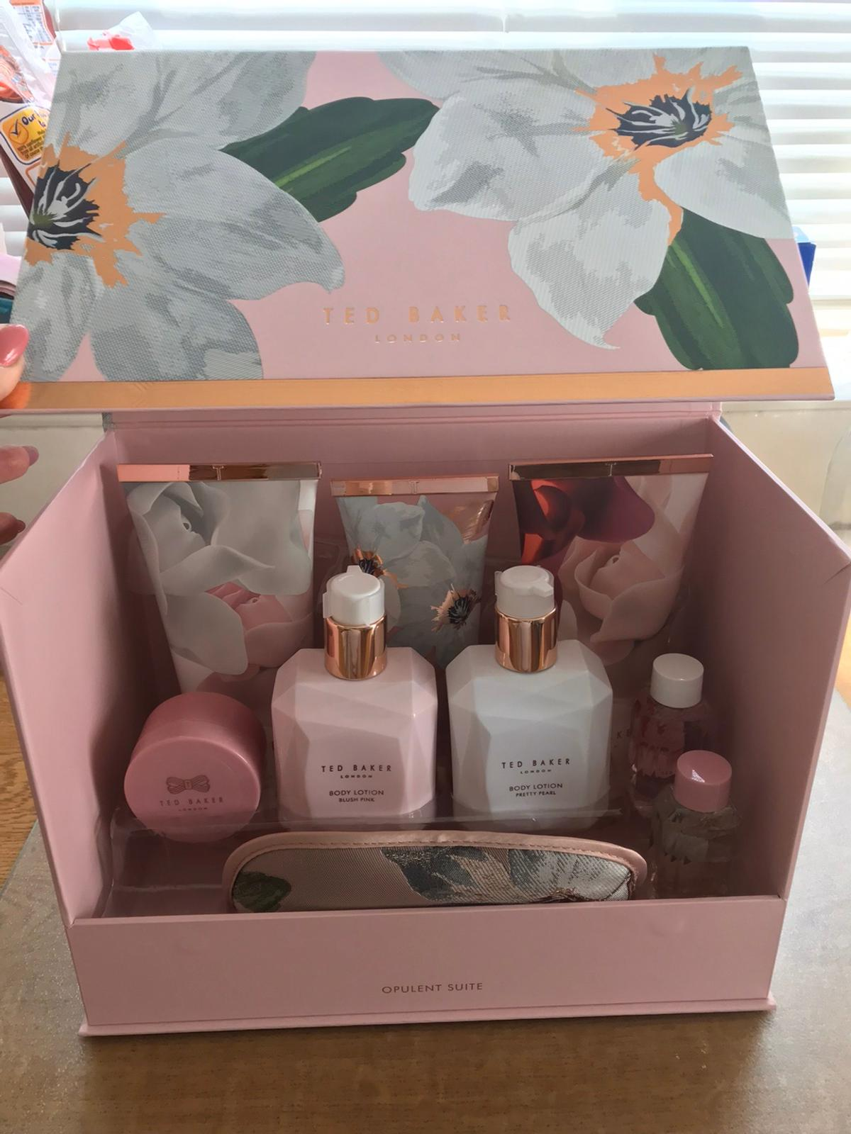 Ted baker set Items never been opened  Collection only