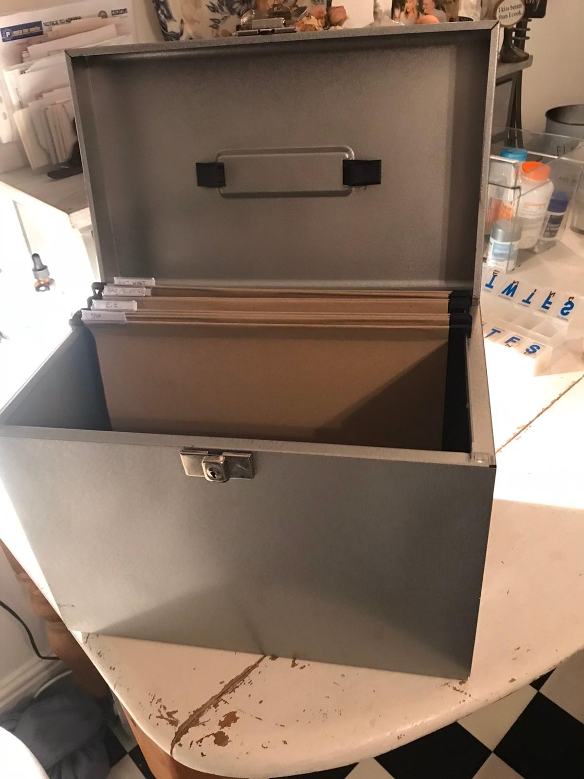 Not used as bought a cabinet soon after. In very good condition. Size A4.