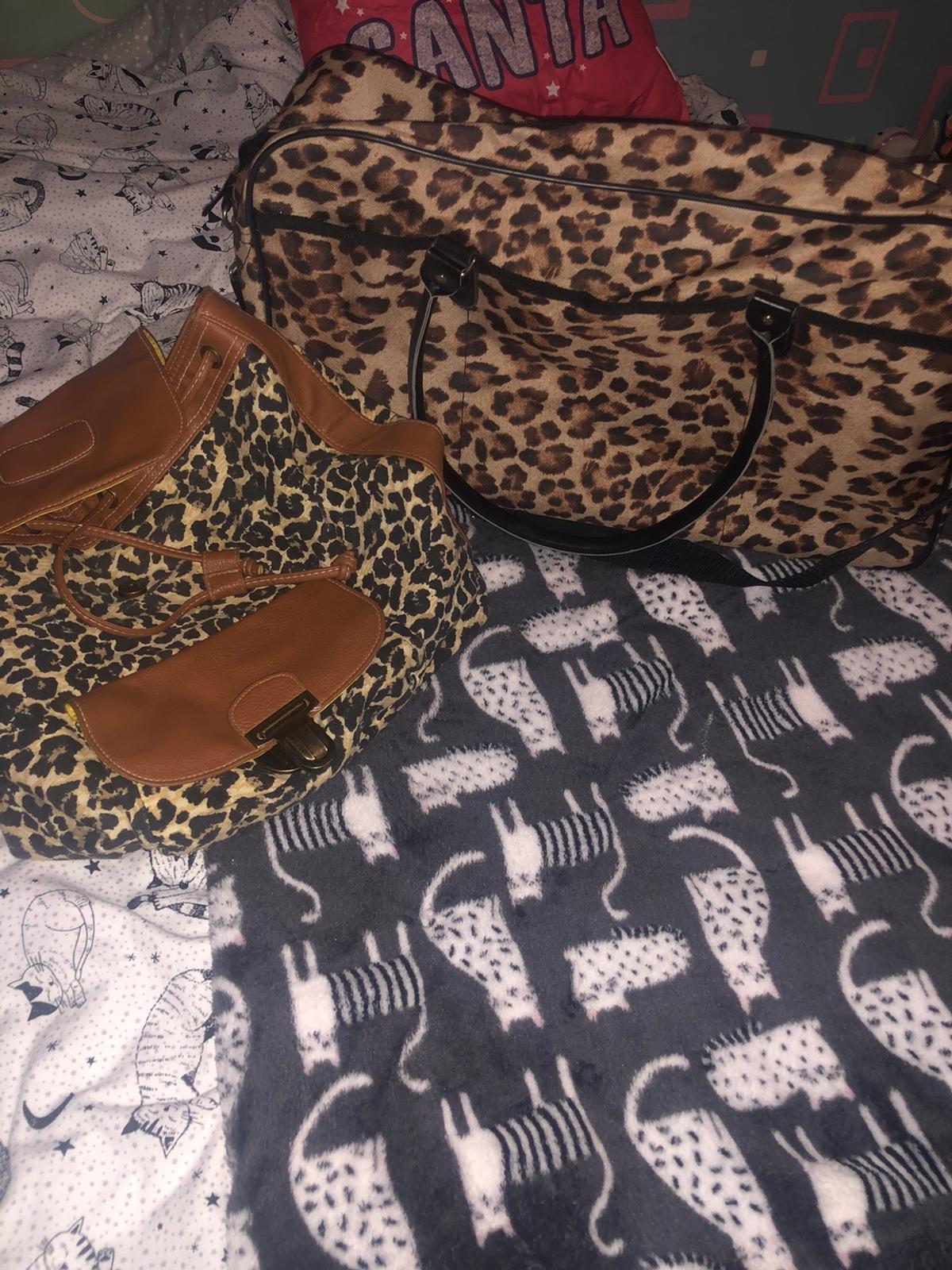 Hand luggage and back pack, excellent condition barely used £10 for both
