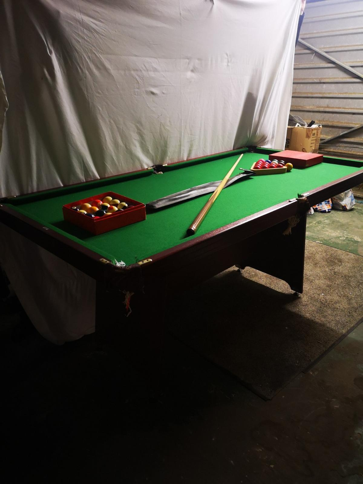 6ft by 3 ft, snooker and billiards, classic and good condition.
