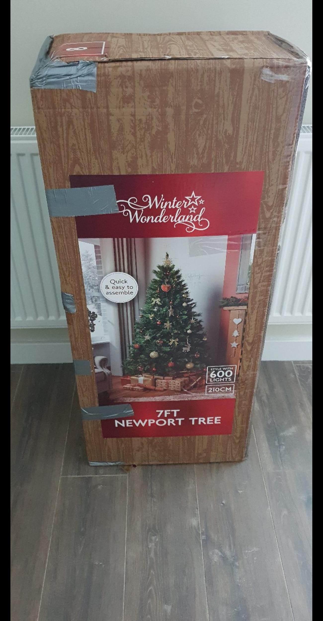 Newport 7ft Christmas Tree In Ts26 Hart For 45 00 For Sale Shpock